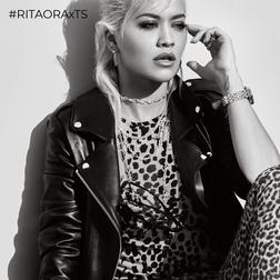 RITA ORA Look Iconic by TS aus der  Kollektion im Online Shop von THOMAS SABO