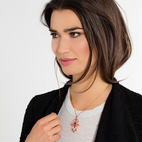 """pendant """"Hand of Fatima"""" from the Glam & Soul collection in the THOMAS SABO online store"""