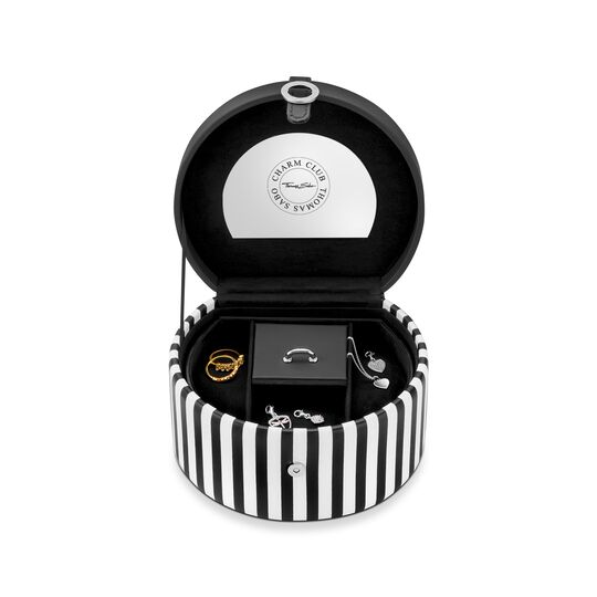 Jewellery case from the Charm Club collection in the THOMAS SABO online store