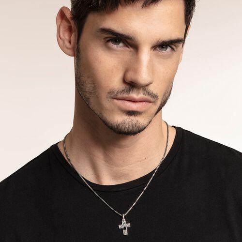 """colgante """"Cruz nácar de abulón"""" de la colección Rebel at heart en la tienda online de THOMAS SABO"""