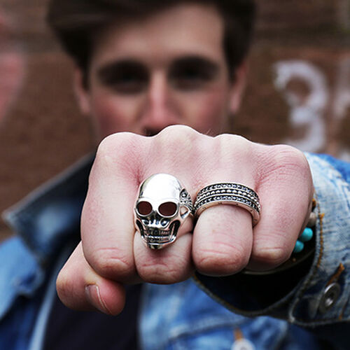 """ring """"skull"""" from the Rebel at heart collection in the THOMAS SABO online store"""