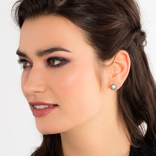 """ear studs """"classic white"""" from the Glam & Soul collection in the THOMAS SABO online store"""