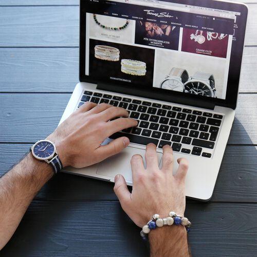 Schmuckset aus der  Kollektion im Online Shop von THOMAS SABO
