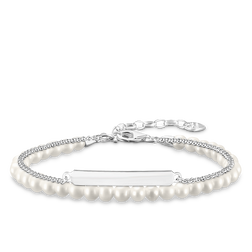 pearl bracelet from the Love Bridge collection in the THOMAS SABO online store