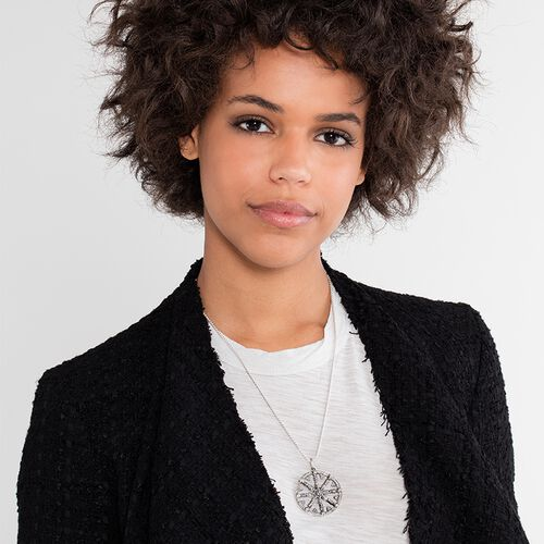 "pendant ""white Karma Wheel with diamond"" from the Glam & Soul collection in the THOMAS SABO online store"