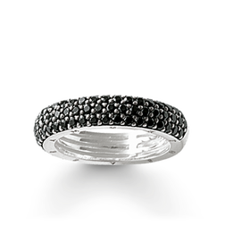 "eternity ring ""black pavé"" from the Glam & Soul collection in the THOMAS SABO online store"