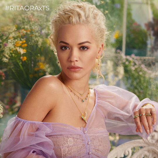 RITA ORA Look Magic Garden aus der  Kollektion im Online Shop von THOMAS SABO